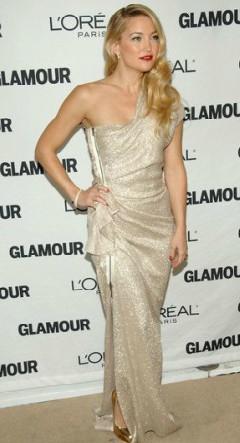 Kate Hudson red carpet in off the shoulder gold dress