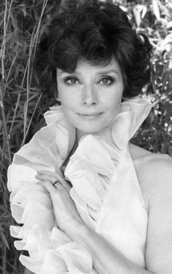 Audrey Hepburn work/ for the office style white blouse with frills - shop the look
