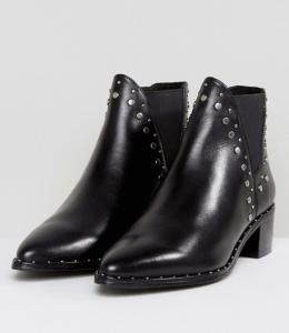 Steve Madden Doruss Leather Studded Boots