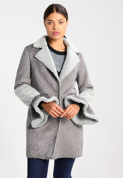 Zalando Lost Ink SHEARLING - Short coat - grey