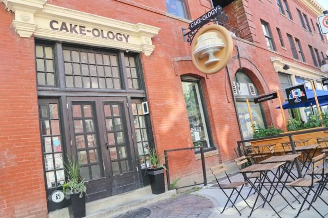 Cakeology / Where To Eat in Winnipeg