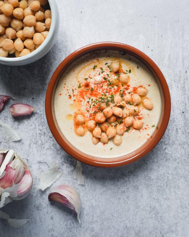 hummus bowls garlic flatlay