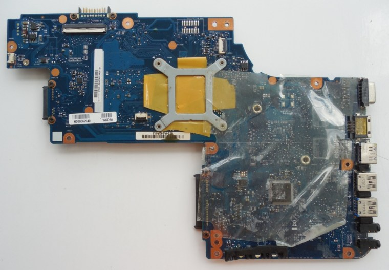 motherboard_for_laptop_toshiba_satellite_c50d_pt10an