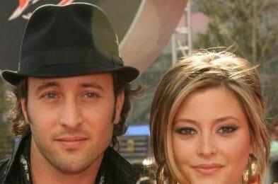 Alex O'Loughlin and Holly Valance Appearance