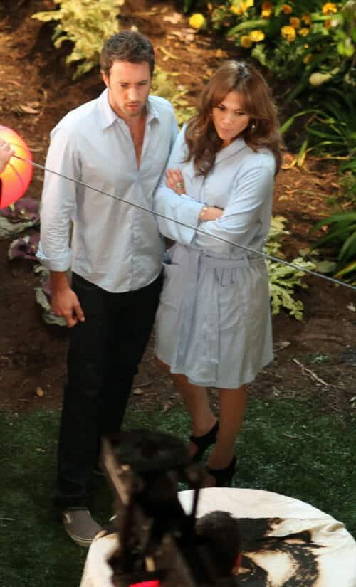Alex O'Loughlin and Jennfier Lopez