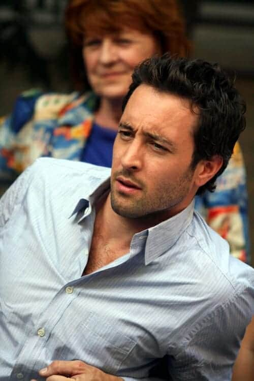 Alex O'Loughlin Lounging in the set of The Backup Plan Movie