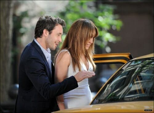 Alex and Jennifer Lopze Filming Taxi Scene