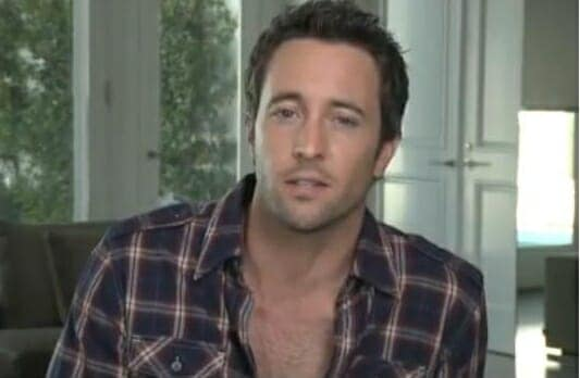 Alex O'Loughlin photo shoot – Behind the Scenes