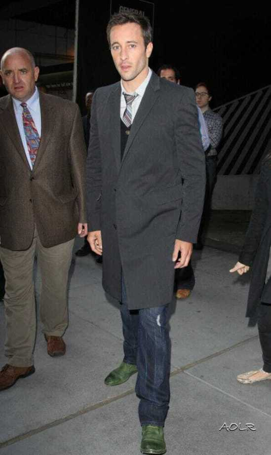 Alex O'Loughlin at the GM building