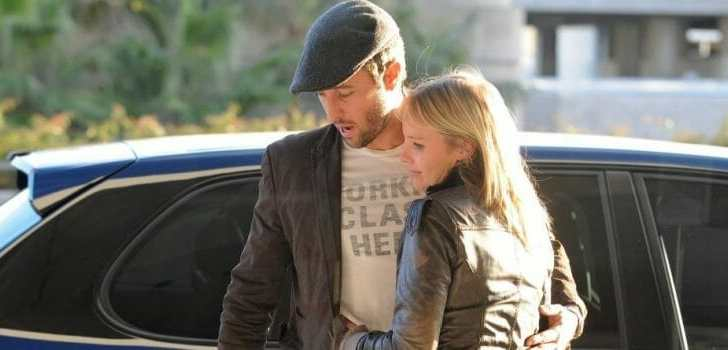 Alex O'Loughlin at LAX Airport 1-3-2011
