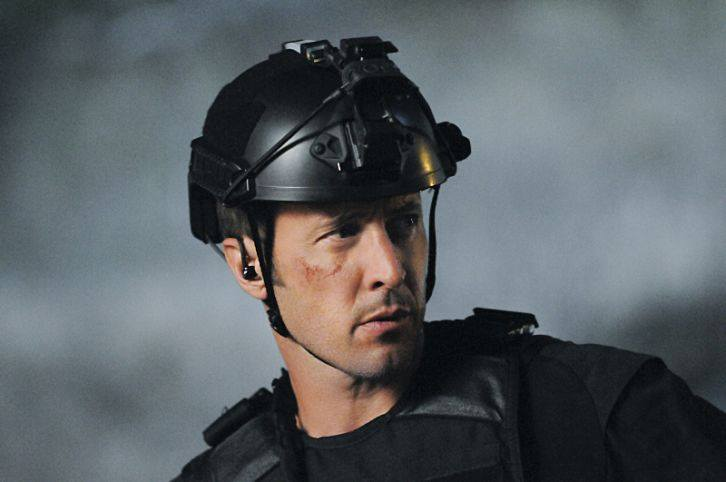 hawaii five o episode 702 with Alex O'loughlin