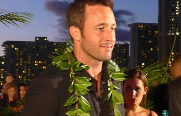 Alex O'Loughlin- A Sharp Dressed Man Poll