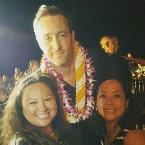 Alex O'Loughlin with fans