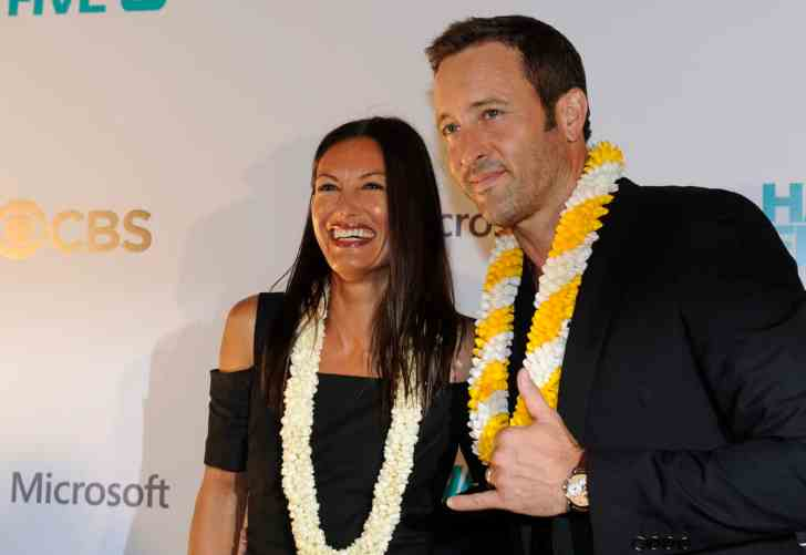 star-advertiser- alex o'loughlin malia jones