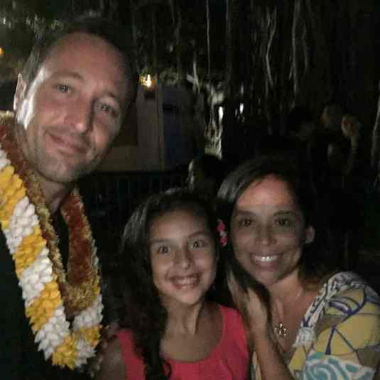 Alex O'loughlin selfie SOTB