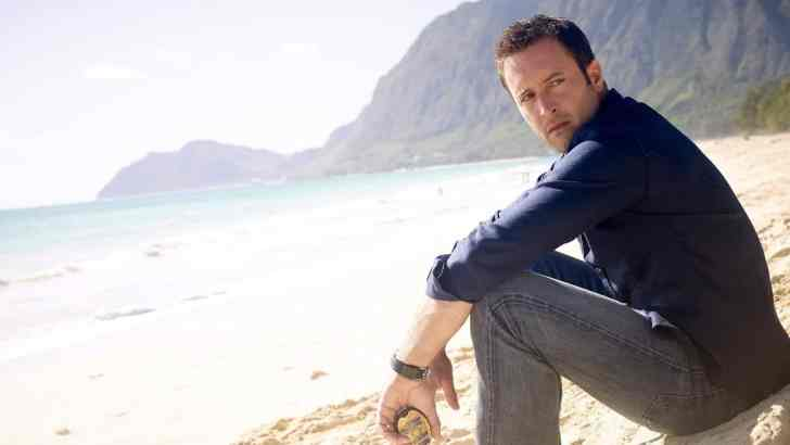 Alex O'Loughlin to Leave Hawaii Five O