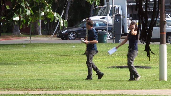 Alex O'loughlin BTS with Dusty