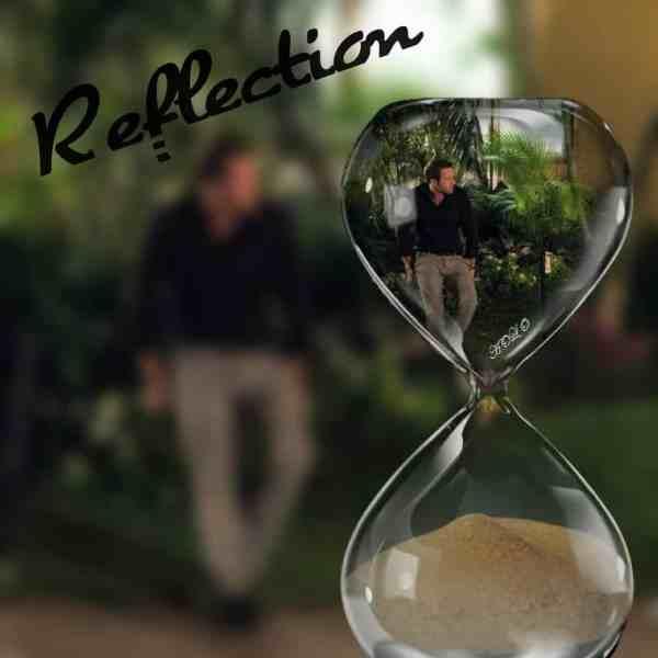 Alex O'Loughlin reflection