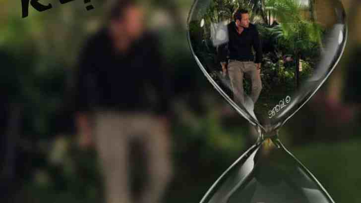 Alex O'Loughlin: Reflection