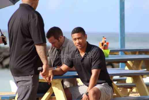 Alex O'Loughlin behind the scenes at shrimp truck