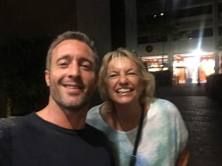 Alex O'Loughlin fan photo
