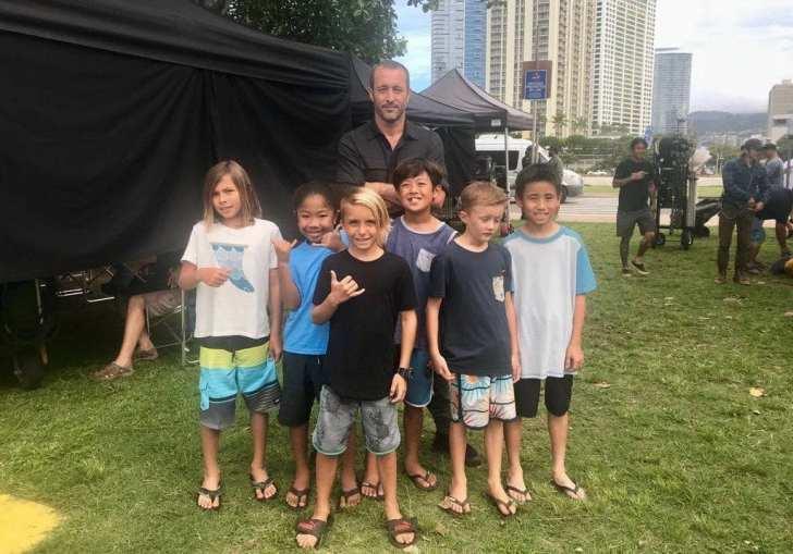 alex o'loughlin with kids