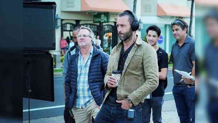 Alex O'Loughlin director