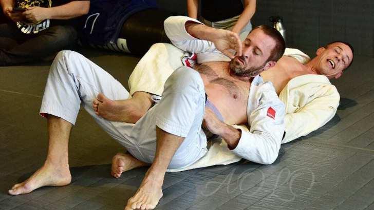Alex O'Loughlin, Brazilian Jiu-Jitsu, and Hiatus