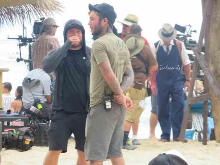 Alex O'Loughlin behind the scenes 200