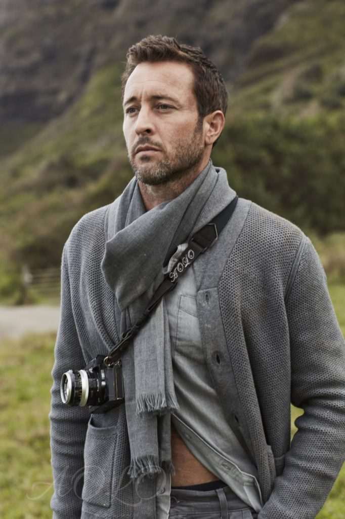 Alex OLoughlin- Starting 2019 Off Right With Some More