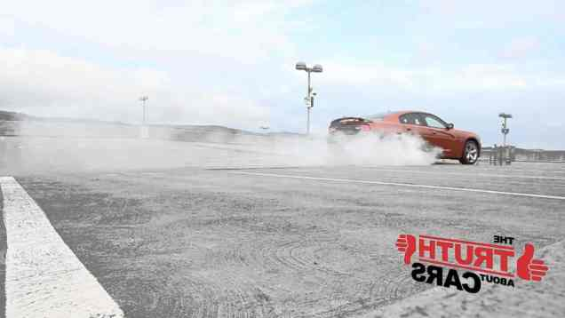 2011 Dodge Charger R/T burnout