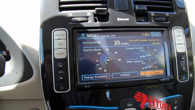 2011 Nissan Leaf Infotainment & Dash Overview