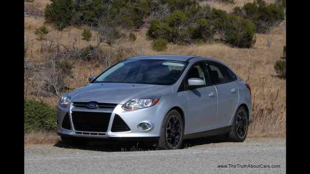 2012 Ford Focus SE Sedan Review