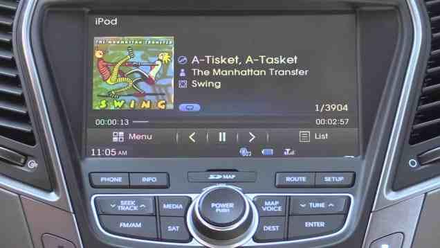 2014 Hyundai BlueLink Infotainment and Navigation Review