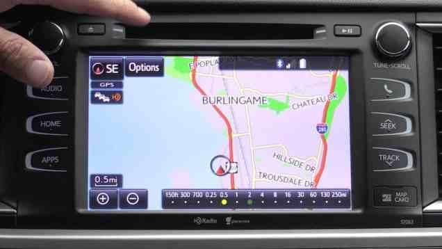 2014 Toyota Highlander Enform Infotainment Review