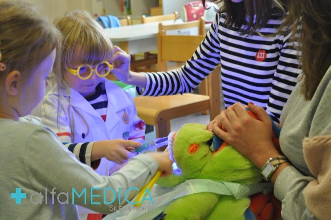 przegląd stomatologiczny, stomatologia dziecięca, stomatolog dziecięcy, przedszkole olka klepacza