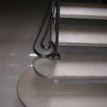 Scale in legno di rovere verniciato come le nuove proposte di ALFA SCALE tinta oro argentato.