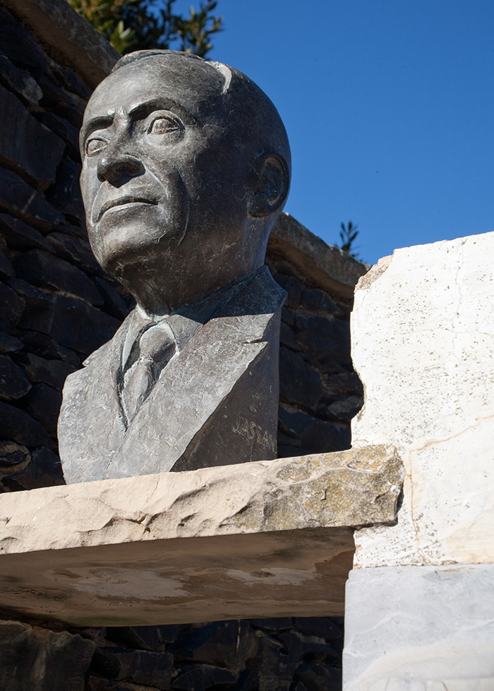 Bust de Josep Taverna