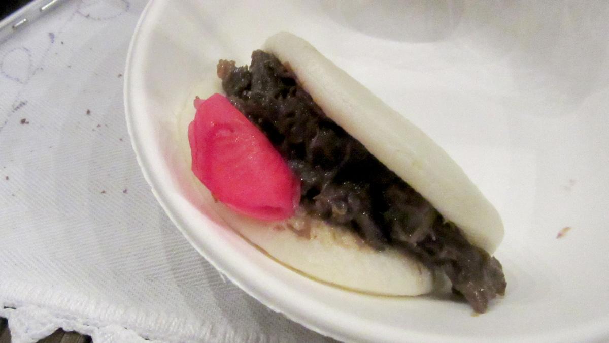Piadina giapponese, guanciale, verdura, zukemono