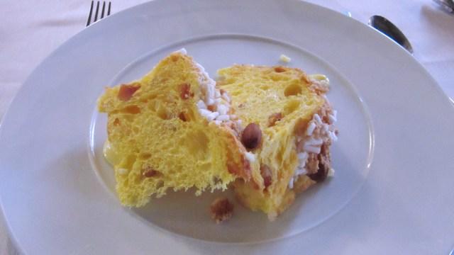Panettone dello chef e crema con salvia