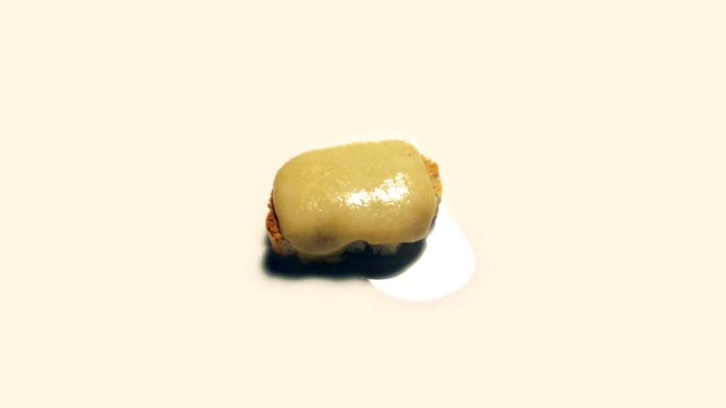 Crostini di formaggio e birra scura