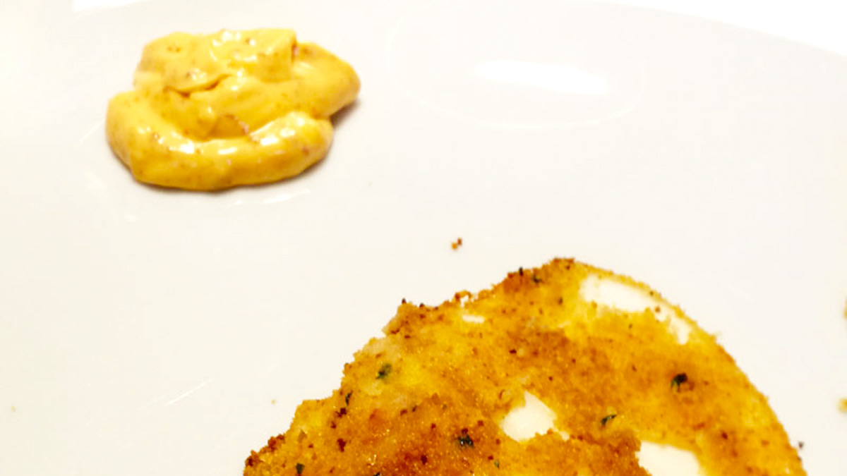 Maionese, peperoni secchi e aglio
