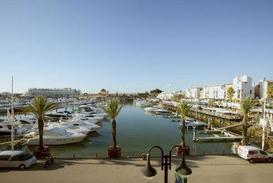 Excellent Well-Located 1-Bedroom Apartment in Vilamoura for rent