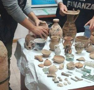 reperti-archeologici-sequestrati-finanza