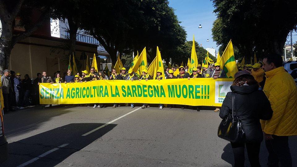 Risultati immagini per Siccit, protesta coldiretti sardegna
