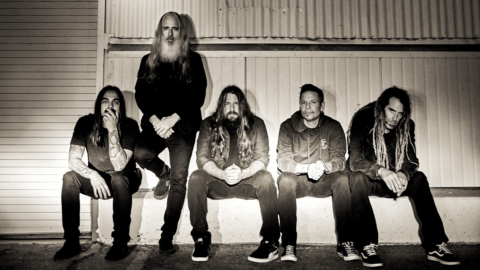 LAMB OF GOD – «ROUTES FT. CHUCK BILLY»
