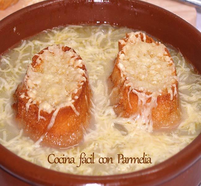 Sopa de cebolla tradicional