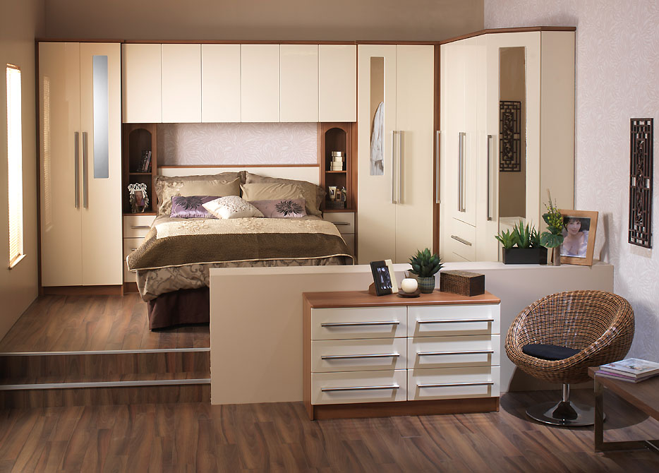 Modernist Fitted Wardrobe Design 2015 Ipc393 Fitted And