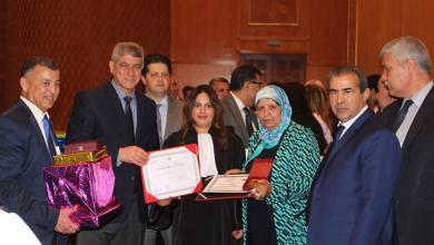 Photo of وزير العدل يذكر المحامين الناجحين بنبل المهنة وما تتحمله من مسؤولية