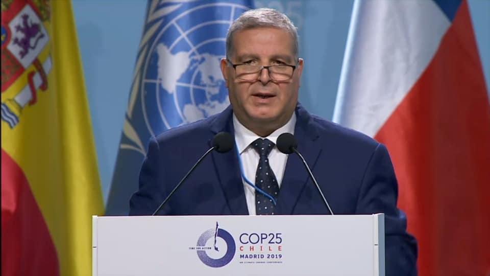 وزير الشؤون المحلية والبيئة: أؤكد على إلتزام الدولة التونسية مجددا بإحترام مقتضيات المناخ السليم